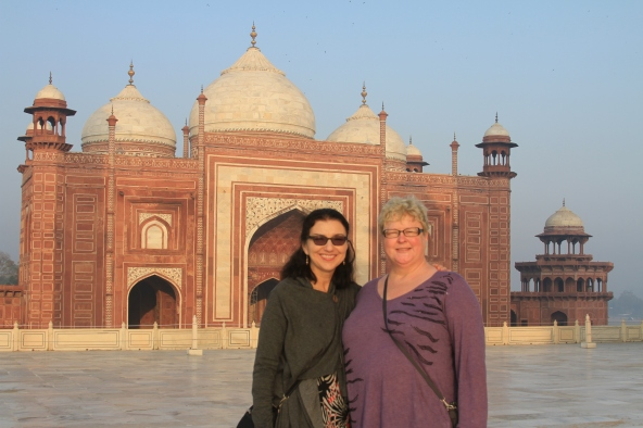 Marta and me on the Ponte Travels tour I took to India.