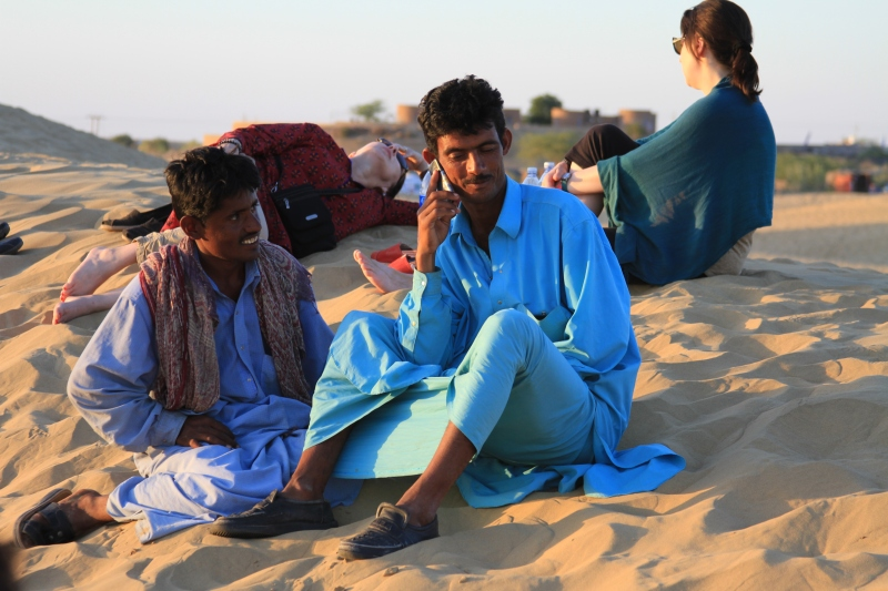 Reception even in the middle of the Thar Desert.
