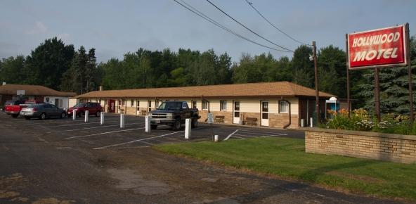 Hollywood Motel, North Kingsville, Ohio