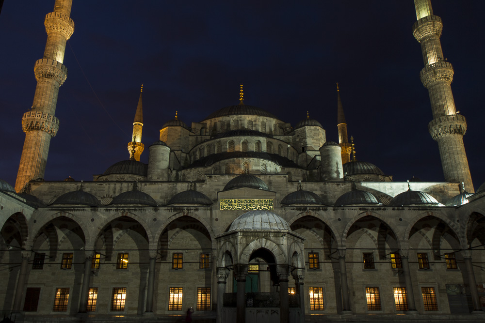 The Blue Mosque just before dawn