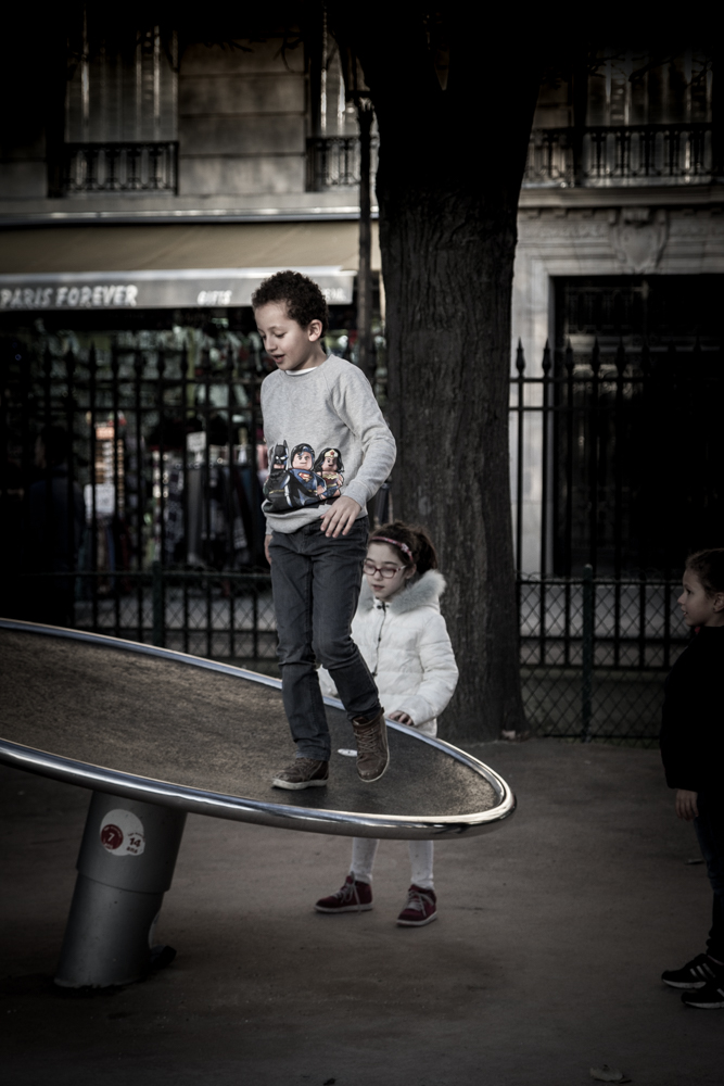 Walking in Circles, Paris, France
